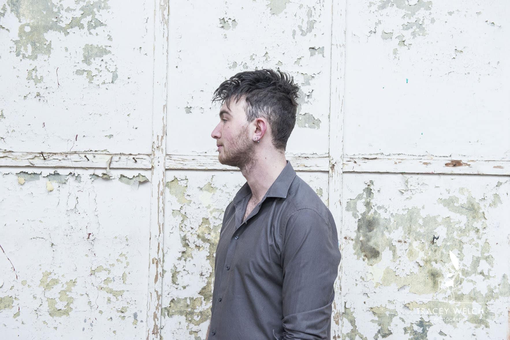 Josh Robins, singer songwriter press shot
